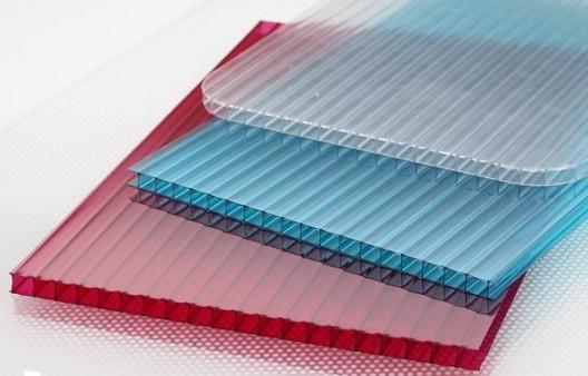 Сотовый поликарбонат бывает разного цвета